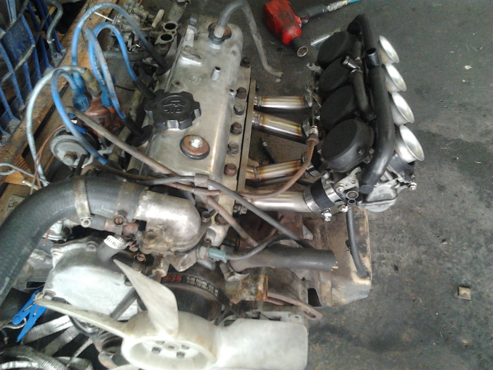 5k and CBR600 carbs for the ke11