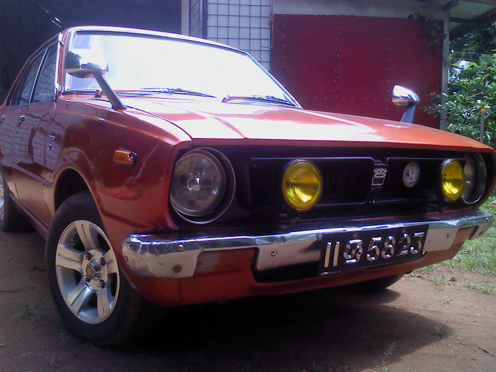 LOVELY COROLLA KE50-1976.O1